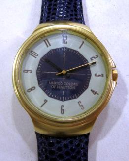 Reloj united colors of Benetton dorado-1